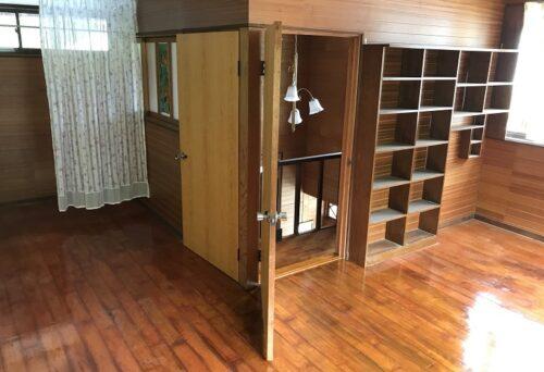 2階 洋室(居間)