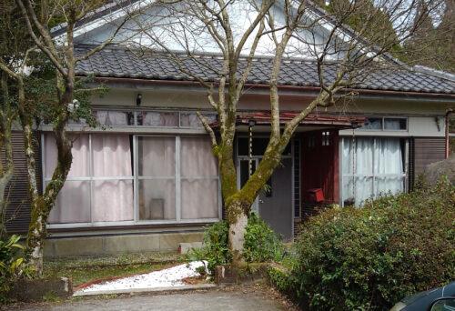 霧島市福山町福山(牧之原) 売家4DK+倉庫 400万円 敷地広々のどかな環境。